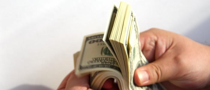 регулярно получать дополнительный доход для развития бизнеса и повышения его стабильности